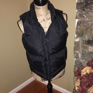 GAP SIZE SMALL PUFFER VEST
